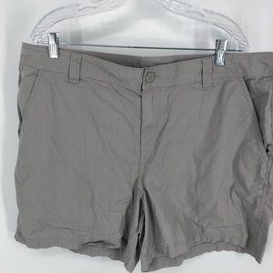 Men's Columbia grey shorts 6 inch inseam 42